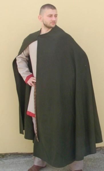 płaszcz półkoło