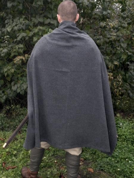 płaszcz prostokąt szary